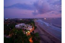 Beach Front 2 Bedroom Penthouse Apartment in Seminyak