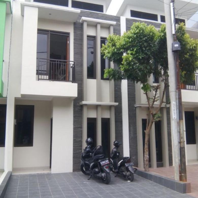 rumah baru 2 lantai di arcamanik cisaranten bandung bisa kpr dan cash