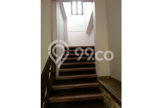Tampak tangga ke lantai dua 4603134