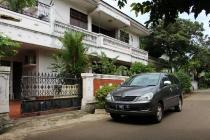 JUAL BU Rumah 2 Lt NEGO Strategis Hook Cipayung, Jakarta Timur