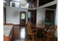 Rumah mewah daerah Ciumbuleuit Bandung
