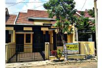 Rumah Strategis di Ketintang Madya , Surabaya