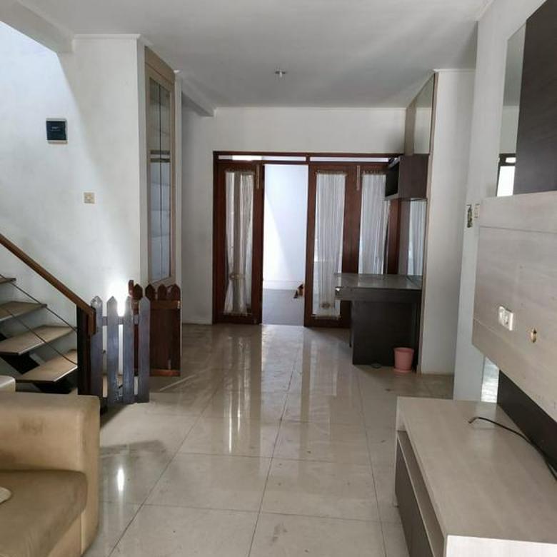 Rumah cantik minimalis semi furnished maltra residence