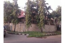 Rumah mewah lama hook di Dharmahusada