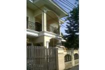 Dijual Rumah Lokasi Strategis di Jl. H Musa, Petukangan, Jaksel