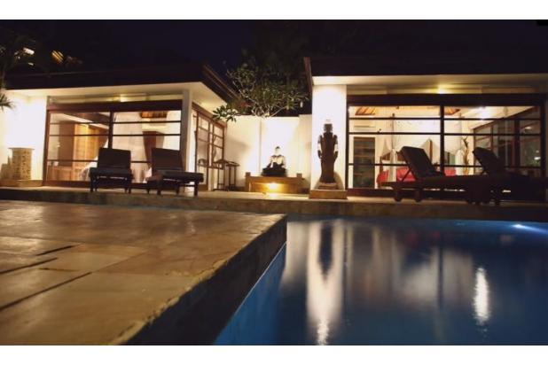 Rp52mily Vila Dijual