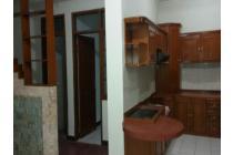 disewakan rumah terawat di Batununggal