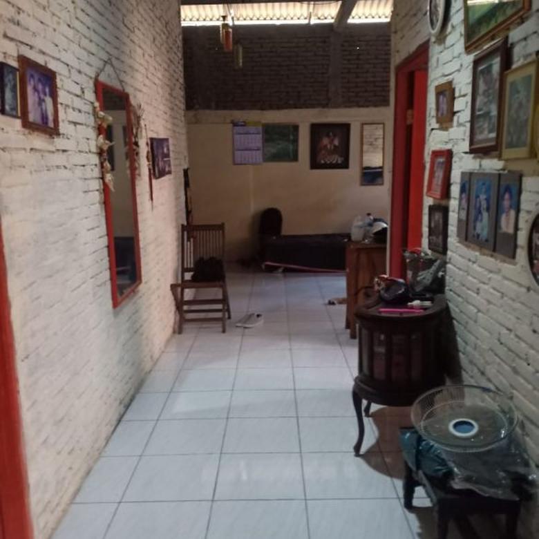 Dijual Rumah Pinggir Jalan di Magelang
