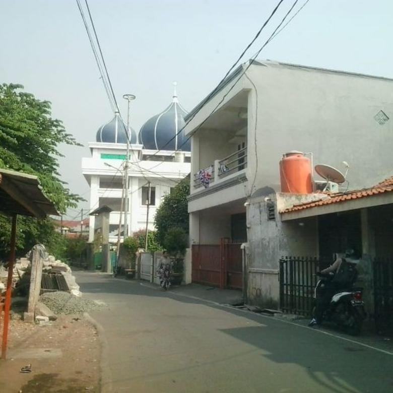 Rumah Dekat Lapangan Bola Kebun Jeruk Jakarta Barat 3,5 Miliar