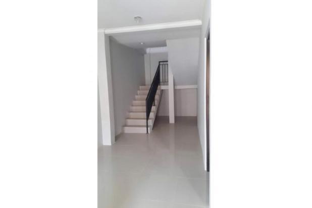 Rumah 2 Lantai di Jatiwarna Bekasi Strategis 12274096