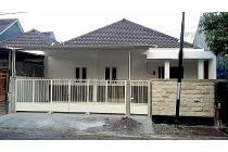 Rumah baru luas dan Moderen minimalis di PBI Araya kota Malang