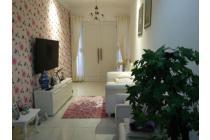 Rumah Cantik Siap Huni Lokasi Premium Kebayoran Baru harga 2 m saja!