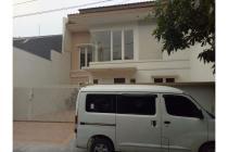 Rumah Sutorejo New Gress 2lt Granit dan Galvalum Siap Huni