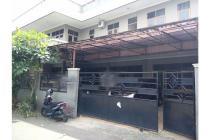 Dijual Rumah Kost2an Tebet Dalam, lokasi sangat2 strategis, dekat tol