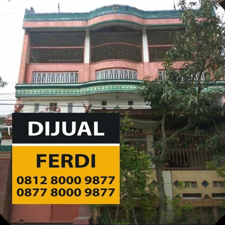 Di Jual Rumah Mewah 2 Lantai Jalan Titan Asri (Sulfat) Malang