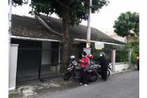 Rumah Klasik dkt Jalan Gejayan & UGM Cocok untuk Kantor/Resto