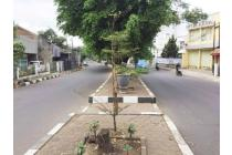 Rumah tua hitung tanah di Sudirman lokasi strategis harga menarik!