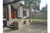 Dijual Rumah Siap Huni Nyaman di Setraduta Cemara Bandung