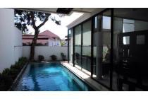 Jual rumah di ampera kemang cluster private pool murah