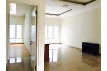 Disewakan Rumah Siap Huni di Pondok Indah (4+1BR) Semi Furnished