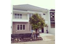 Rumah Minimalis Baru Gress Cluster Tengah Citraland Surabaya