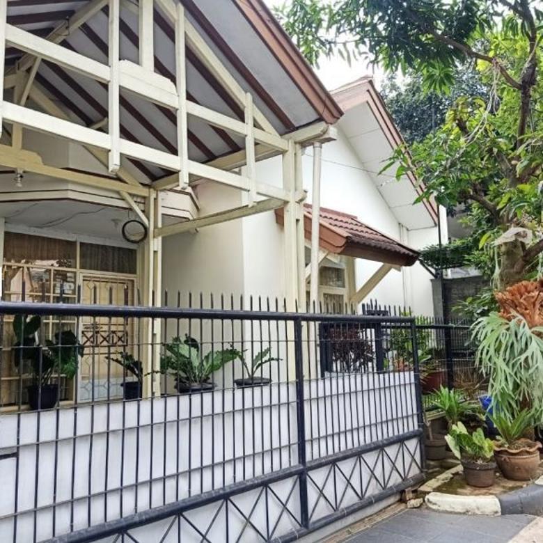 Dijual rumah dua lantai Taman Mutiara Cibabat Cimahi