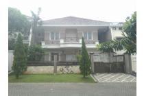 Rumah Lux Darmo Hill 2lt, Lingkungan Tenang dan Asri