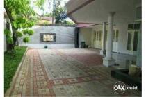 Rumah mewah di kavling Polri Ragunan, ada Kolam renang