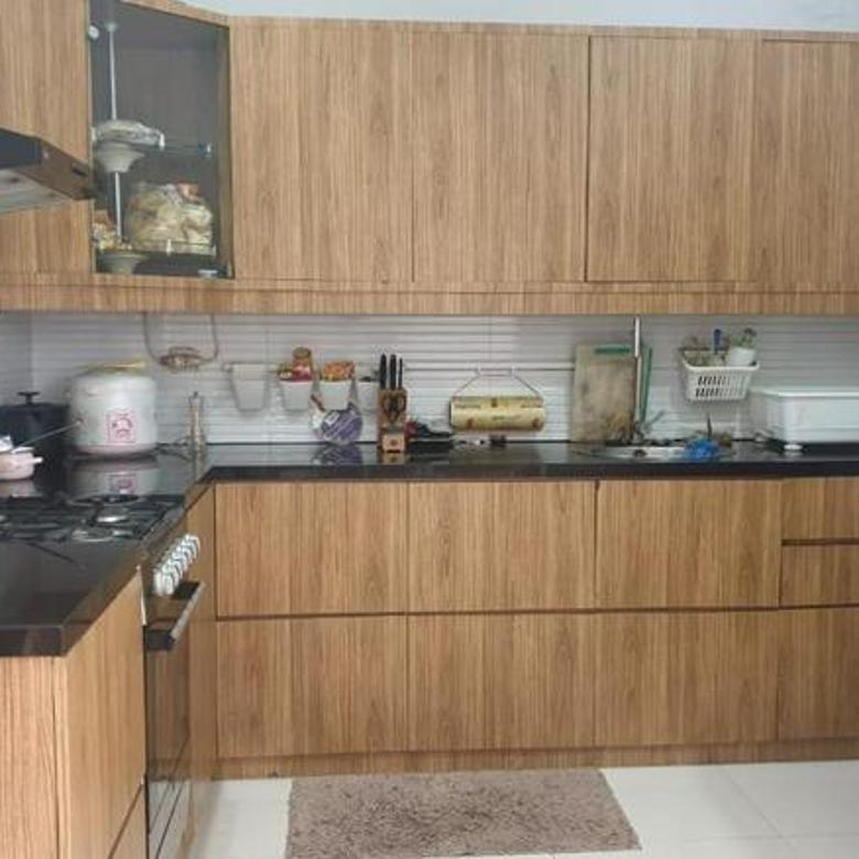 rumah minimalis di Singgasana