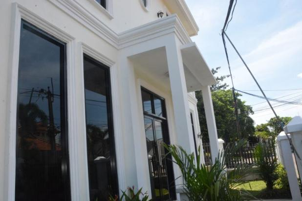 Rumah Dijual  Lokasi Strategy  , di Mega Cinere 17794036