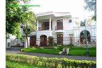 Luxury Lifestyle in Graha Famili Surabaya.