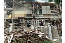 Rumah Di Manyar Tirtoasri Row 3 mobil, Daerah Surabaya
