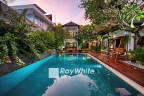 Villa Mewah Dengan View Laut Dan Keindahan Kota Jimbaran