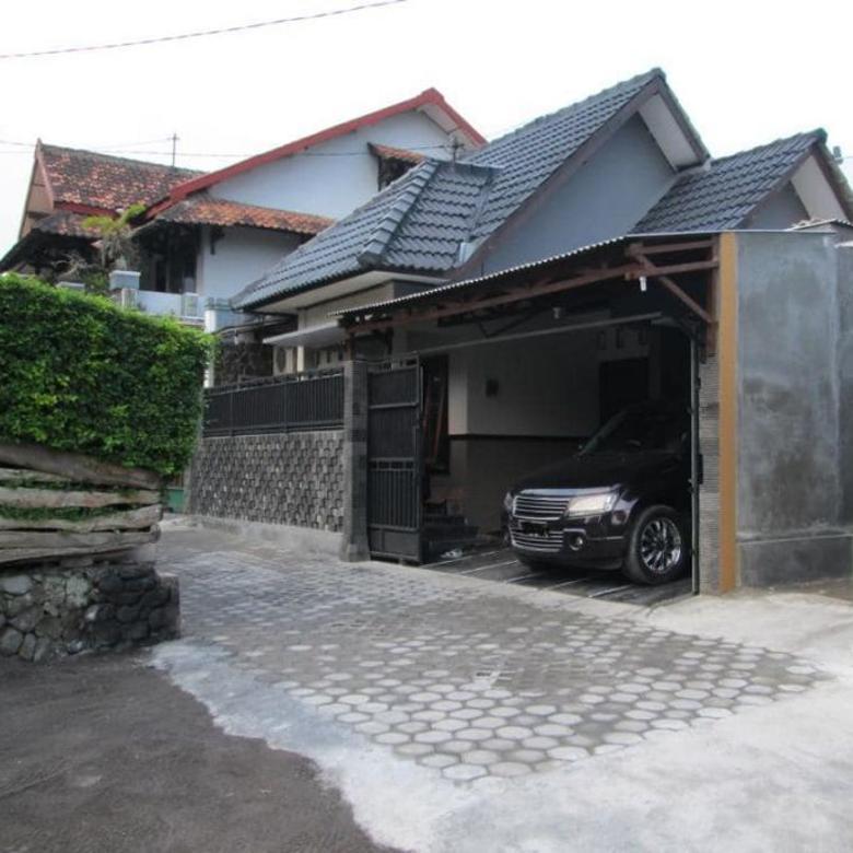 Rumah Lokasi Strategis di Jalan Lempongsari dekat Al Azhar