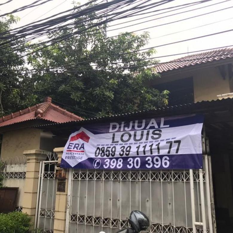 Rumah Jl Pakubuwono hoek Jl Bumi, Kebayoran Baru