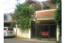 Jual Rumah Jakarta Pusat Disebrang gedung MPR