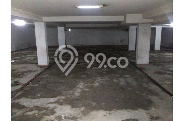 Garasi di basement untuk 20 mobil 18274015