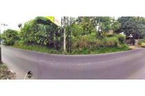Tanah di pinggir jalan raya daerah Tangerang Selatan