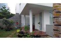 Dijual Rumah Tingkat di Jalan Jeruk Purut Raya, Jakarta Selata