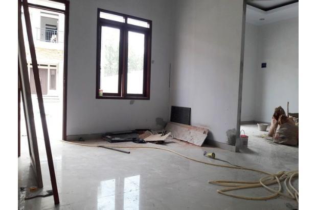 Rumah Baru Dalam Cluster Unit Pojok di Jagakarsa 17711489