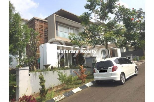 Rumah Lux yang Hommy desain modern minimalis full furnished siap huni 12777775