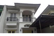 Dijual Rumah Siap Huni di Royal Residence, Jakarta Timur