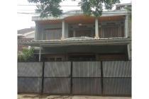 Rumah di Sumber Hegar
