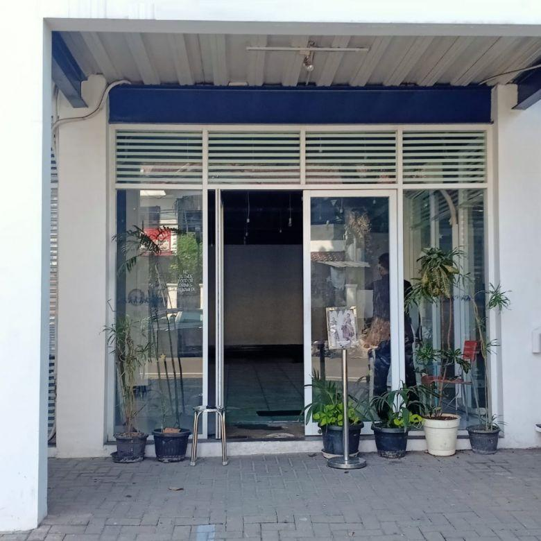 Rumah di area Komersial Cikajang Keb. Baru