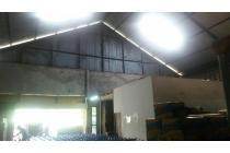 Disewakan Gudang Bangunan Besar di Sunset Road Bali