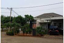 Rumah hoek asri dalam cluster, Cibubur Country