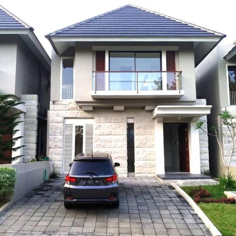Rumah Apik 2 Lantai di Citra Grand Mutiara