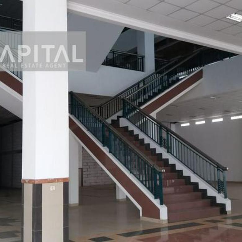 Gedung Commercial Sukajadi