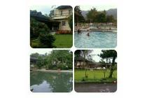 Disewakan villa puncak dengan 4 kamar tidur,ada kolam renang pribadi
