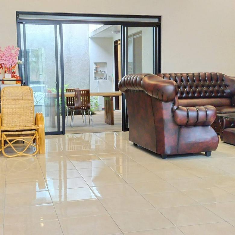 Dijual Rumah Minimalis Kota Baru Parahyangan Bandung